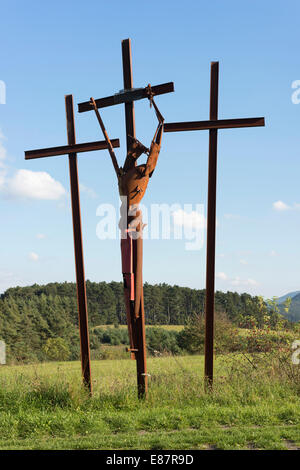 Sculptural group 'Verzweiflung', 'Despair', Jesus dying on the cross, art project 'Path of Hope', 2010 - Stock Photo