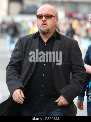 Celebrities arrive for the premiere of Rio 2 at Vue Cinema in Leicester Square  Featuring: Bill Bailey Where: London, - Stock Photo