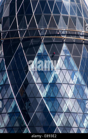 Detail of 30 St Mary Axe, known as the Gherkin, in the City of London - Stock Photo