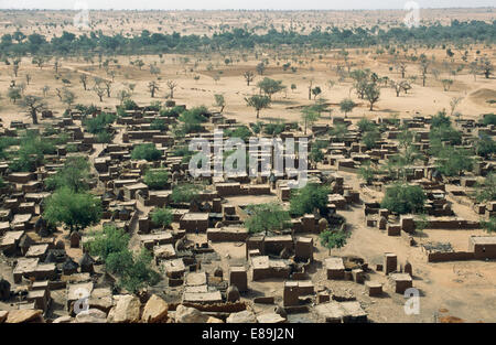 Teli village on the plains in Dogon country, Mali - Stock Photo