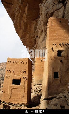 Dogon houses in Teli village in Dogon country, Mali - Stock Photo