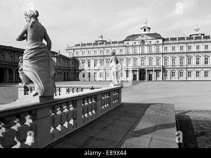 Achtziger Jahre, Barockresidenz Rastatt, Residenzschloss der Markgrafen von Baden, heute Wehrgeschichtliches Museum - Stock Photo