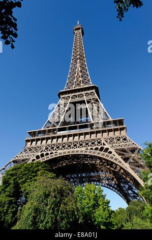 Eiffel Tower, Tour Eiffel, 7th Arrondissement, Paris, France - Stock Photo