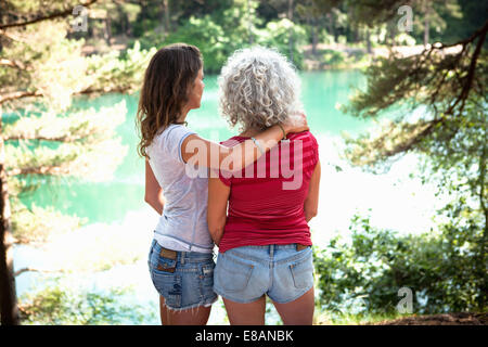 Mother and daughter enjoying nature, The Blue Pool, Wareham, Dorset, United Kingdom - Stock Photo