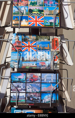 London, The Strand    London postcards for sale - Stock Photo
