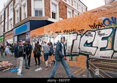 Graffiti in Notting Hill asking for justice for people killed in police custody - Stock Photo