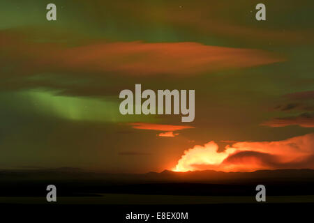 Ash and gas cloud of the Holuhraun fissure eruption, near the volcano Bárðarbunga, northern lights, highlands - Stock Photo