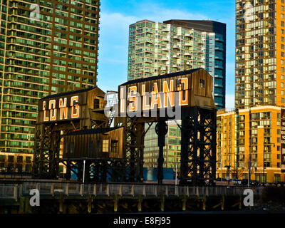 USA, New York City, Queens, Long Island City, View of Queens- Midtown Tunnel - Stock Photo