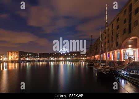 United Kingdom, Liverpool, Albert Dock at night - Stock Photo