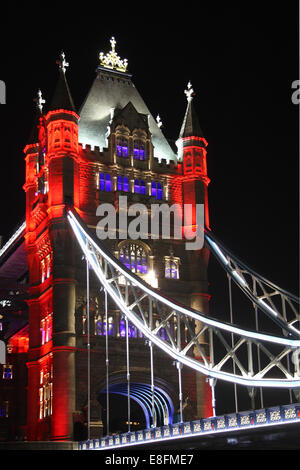 United Kingdom, London, Tower Bridge at night - Stock Photo
