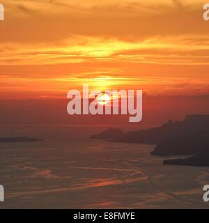 France, Provence-Alpes-Cote d'Azur, Bouches-du-Rhone, Marseille, Cassis, Sunset over sea - Stock Photo