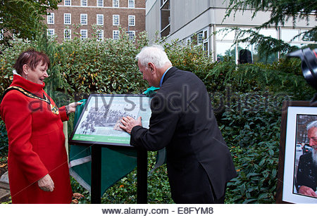 Nottingham, UK. 7th October, 2014.  Pauline Allen, Chairman of Notts County Council, John Hennessey  Former child - Stock Photo