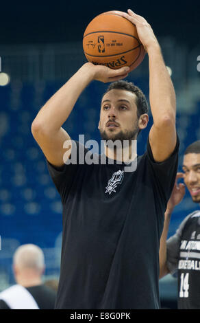Berlin, Germany. 7th Oct, 2014. San Antonio's Marco Belinelli during the training session by San Antonio Spurs at - Stock Photo