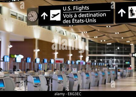 U.S. Flights sign in an airport terminal, James Armstrong Richardson International Airport, Winnipeg, Manitoba, - Stock Photo