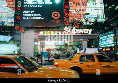 Taxis around Times Square Subway. 1560 Broadway, between 46th and 47th Street . Telephone 212-869-5667 (8:00 to - Stock Photo