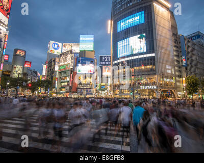 Hachiko Scramble Pedestrian Crossing, Shibuya, Tokyo, Japan. Busiest pedestrian crossing in the world. - Stock Photo