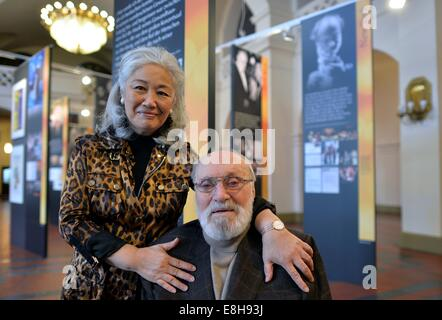 Leipzig, Germany. 8th Oct, 2014. Composer Kurt Masur and his wife Tomoko Sakurai at the opening of the exhibition - Stock Photo
