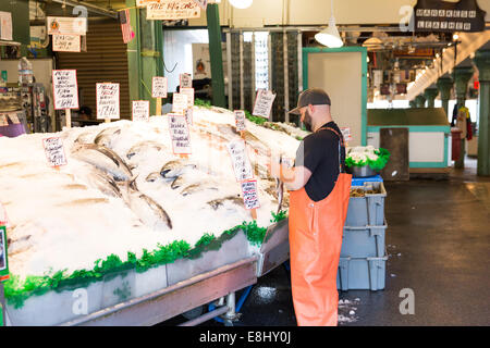 The world famous pike place fish company stall pike place for Famous fish market in seattle