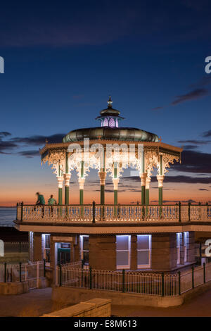 The recently-restored bandstand on Brighton seafront. - Stock Photo