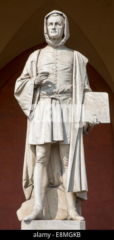 Padua - The statue of Giotto in the porch of the Lodge Amulea by Vincenzo Vela from year 1865. - Stock Photo