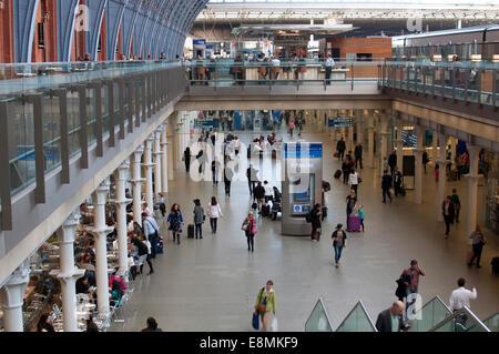 The concourse at St. Pancras International station, London, UK - Stock Photo