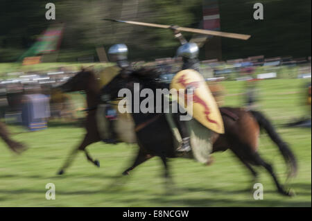 Battle, East Sussex, UK. 11th Oct, 2014. Approximately 400 soldiers took part in a re-enactment of the 1066 Battle - Stock Photo