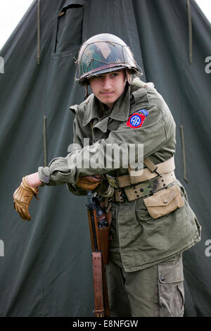 Pickering, Yorkshire, UK. 11th October, 2014. (NYMR) 'Wartime Weekend' on the 11th October, 2014.  Costumed Soldiers - Stock Photo
