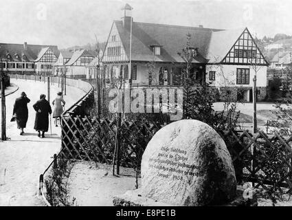 The Nazi propaganda picture shows the worker's model settlement Steinfliess near Zoppot, which belongs to the Nazo - Stock Photo
