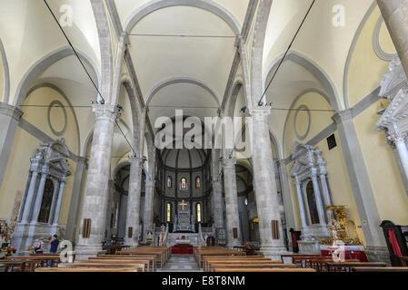 Italia Friuli V.G. Cividale  Duomo di Santa Maria Assunta del XV° sec. Interno a tre navate| Italy Friuli Venezia Giulia Cividal Stock Photo