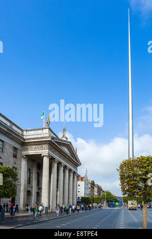 The Spire of Dublin and General Post Office on O'Connell Street, Dublin City, Republic of Ireland - Stock Photo