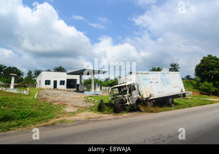 An abandoned gas station in south-west Nigeria, Ogun state, with a truck accident - Stock Photo