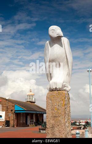 UK, England, Lancashire, Morecambe, Stone Jetty, Tern Project, mythical bird sculpture - Stock Photo
