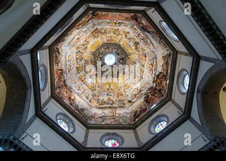 FLORENCE, ITALY - SEPTEMBER 15, 2014: interior of Basilica di Santa Maria del Fiore, Florence, Italy - Stock Photo