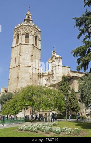 Torre del Miguelete - Stock Photo