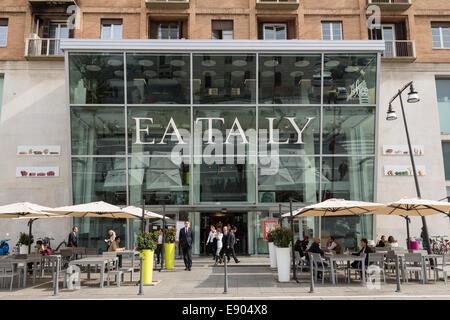 Eataly milan smeraldo food store milan italy stock photo for Eataly milano piazza 25 aprile