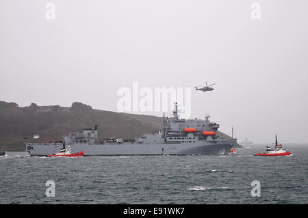 Falmouth, Cornwall, UK. 17th October, 2014. Medical ship leaves Falmouth en-route to Sierra Leone. The ship is carrying - Stock Photo