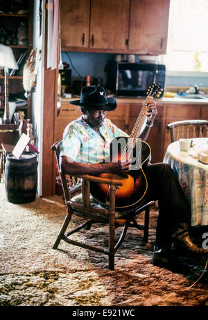 "NEW ORLEANS, LA – MAY 1: Blues guitarist Clarence ""Gatemouth"" Brown plays at the New Orleans Jazz Festival in New - Stock Photo"