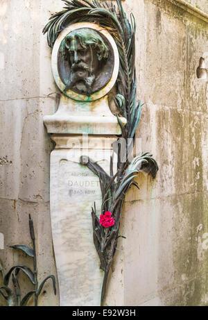 graveside of french writer alphonse daudet, pere lachaise cemetery, paris - Stock Photo