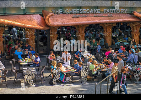 The Cheesecake Factory, Michigan Avenue, on Magnificent Mile  Chicago - Stock Photo