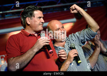 Canelones, Oct. 19. 26th Oct, 2014. Opposition Colorado Party's presidential candidate, Pedro Bordaberry (L), and - Stock Photo