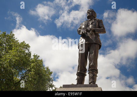 Bronze statue of the Battle of Britain hero Air Chief Marshall Sir Keith Park at Waterloo Place in central London - Stock Photo