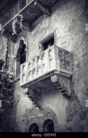 Casa di giulietta world heritage stock photo royalty free for Famous balcony