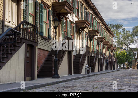 Row houses on Sylvan Terrace dating to 1882 are part of the Jumel Terrace Historic District - Stock Photo