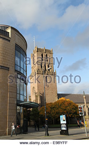 Auld Steeple and Overgate Shopping Centre Dundee Scotland  October 2014 - Stock Photo