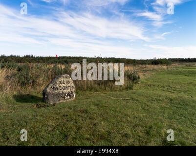 dh Mackintosh clan graves stone CULLODEN MOOR SCOTLAND Grave Highland Jacobite jacobites rebellion 1745 battlefield 1746 battle scottish battles