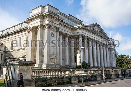The Fitzwilliam Museum, Trumpington Street, Cambridge, England - Stock Photo