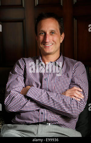 Beverly Hills, California, USA. 6th Oct, 2014. Defy Media President Keith Richman, poses for a portrait at The Grill - Stock Photo