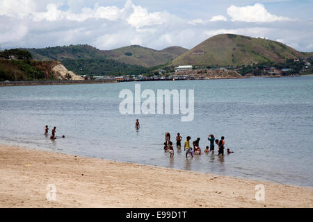 Ela Beach is the prettiest and safest beach in the Port Moresby area, Papua New Guinea. - Stock Photo