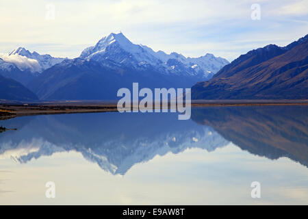 mount cook at lake pukaki - Stock Photo