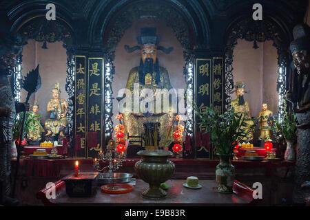 SAIGON (HO CHI MINH CITY), VIETNAM - JANUARY  2014: Shrine at Emperor Jade Pagoda - Stock Photo